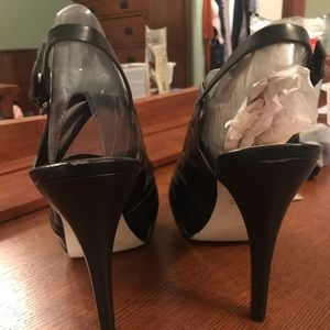 Marc Fisher 4inch heels